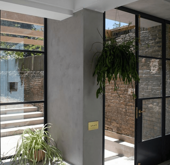 Decorating with Microcement